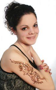 Henna vállra 1.