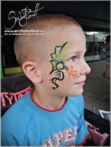 Sárkány arcfestés